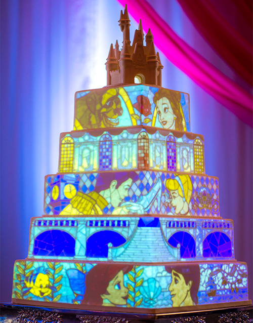 Video projection on cake
