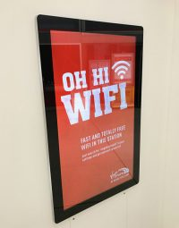 Android-Advertising-Displays-Application-Wall -Mount-shop