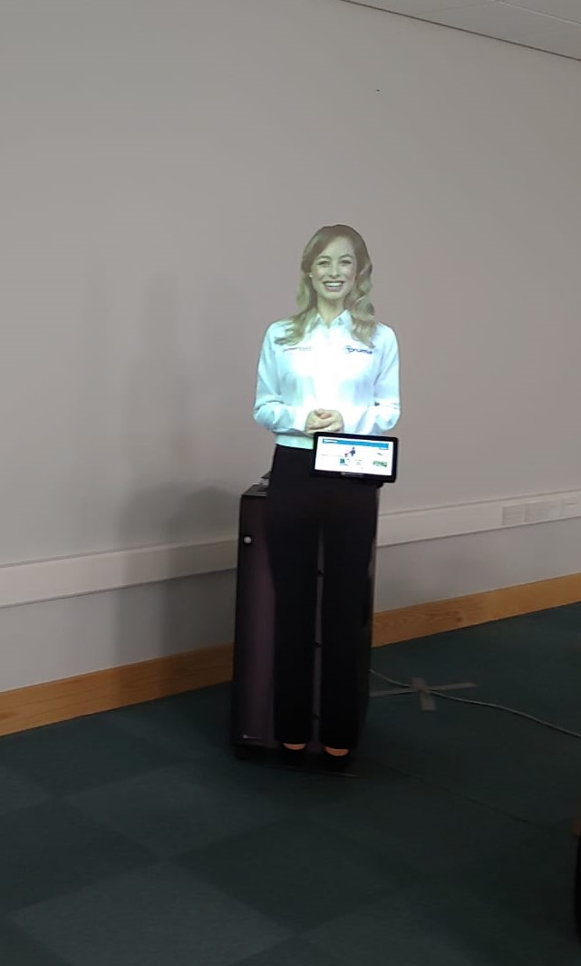Interactive Virtual Mannequin Presenter 2