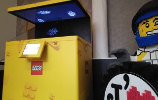 Lego Holograms in a event in Paris 3