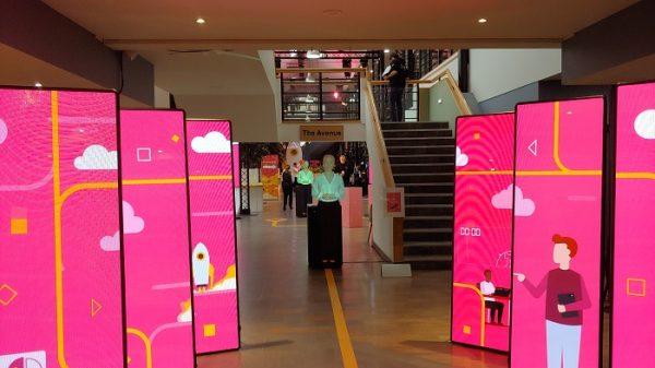 PwC virtual mannequin corporate event